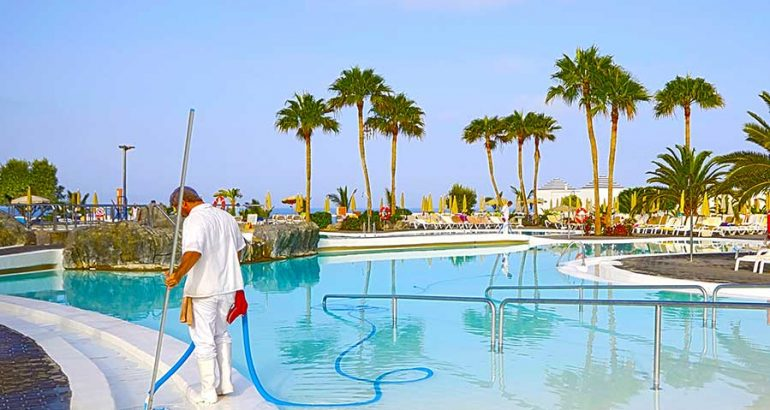 Merritt Island Pool Cleaning